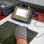 Próbka egzaminacyjna. Połączenie spawane – doczołowe. Zastosowana aparatura: Defektoskop ultradźwiękowy Starmans DiO 562, głowica ultradźwiękowa 4MHz, 70o.